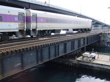 commuter_rail_fitzgerald_exprwy_small